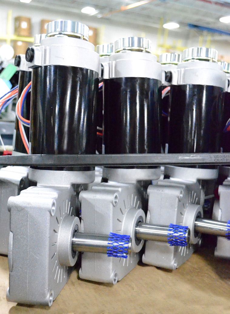 "Single-Reduction Right-Angle ""6RX"" Gearmotors Fit in Tight Spaces"